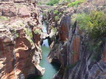 Blick ins flache Land über den Blyden-Canyon