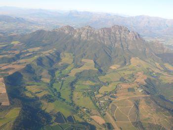 Blick vom Flugzeug auf die Kap-Region