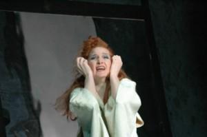 Mary Anne Kruger als Violetta