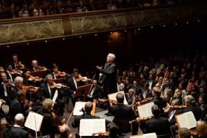 Die Staatskapelle Berlin mit ihrem Dirigenten Daniel Barenboim