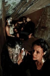 Ulrich Matthes (Macbeth) und Maren Eggert (Lady Macbeth)
