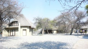 Das Okaukuejo-Camp von Etosha