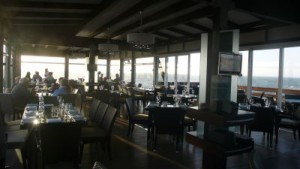 """Das Restaurant """"Jetty 1905"""" am Ende der Landungspier"""