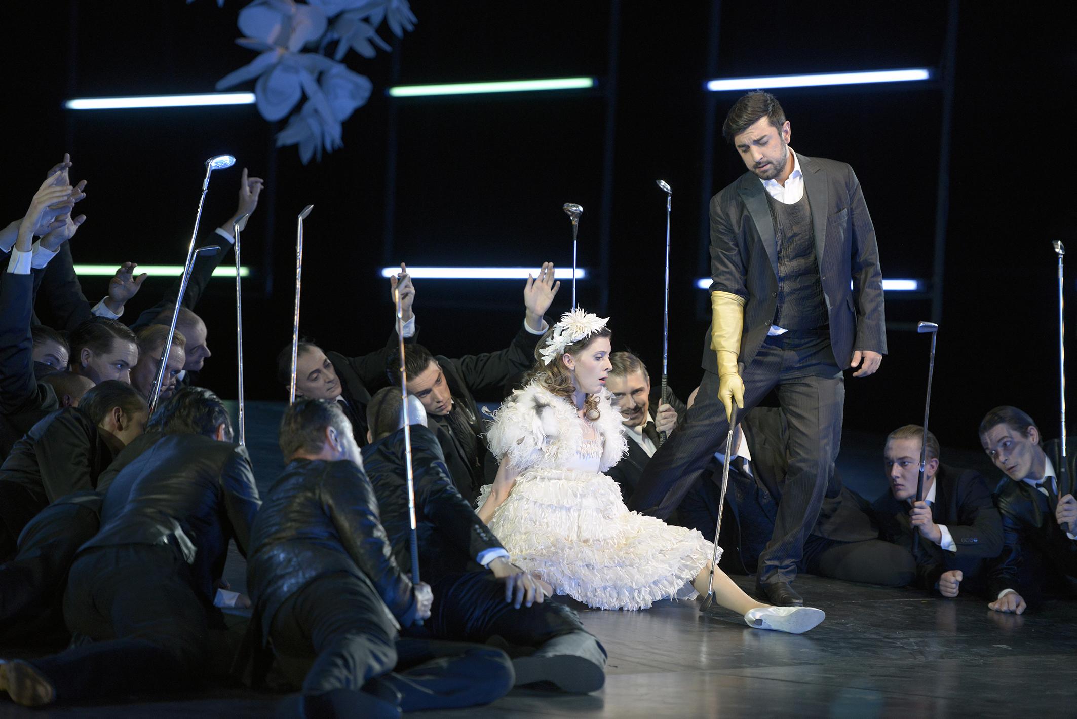 Don Giovanni und Zerlina; Foto: Bettina Stoess