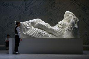"""Die """"Ariadne""""-Statue"""
