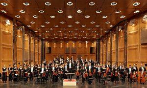 Das Sinfonierorchester des Staatstheaters Darmstadt mit Dirigent Will Humburg