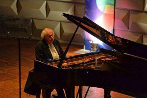 Grigory Sokolov im Friedrich-von-Thiersch-Saal im Kurhaus Wiesbaden