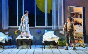 Anabel Möbius (Wendy), Robert Lang (Peter Pan)
