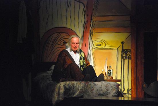 Rainer Poser als Ebenezer Scrooge