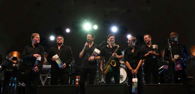 """RMF 2018: Till Brönner und Band: """"The Good Life""""  im Kurpark Wiesbaden"""