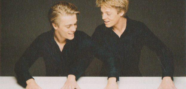 Noch einmal die Klavier spielenden Brüder Arthur und Lucas Jussen